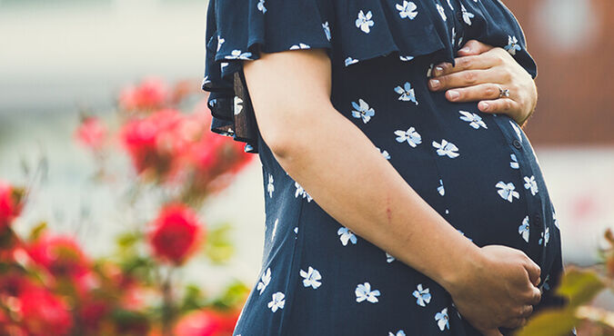 ¿Qué pasa a las 30 semanas de embarazo? | Más Abrazos by Huggies